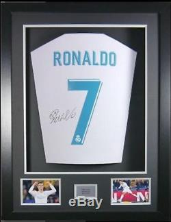 Cristiano Ronaldo Signed #7 Real Madrid New 2018 HOME Jersey 3D Framed LOOK