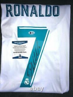 Cristiano Ronaldo autographed Real Madrid jersey (Beckett COA)