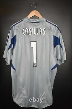 REAL MADRID 2004-2005 CASILLAS ORIGINAL JERSEY Size M (VERY GOOD)