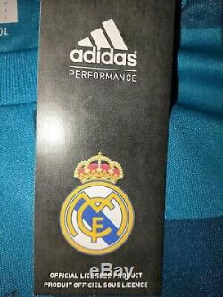 Real Madrid FC Team Signed Jersey 2017/2018 Edition with Certificate (COA)