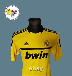 Real Madrid Goalkeeper Football Shirt 2011 2012 #1 Iker Casillas Size L VFSPro