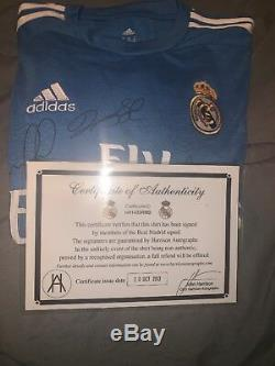 Real madrid jersey Signed+ COA