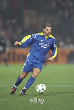 Zinedine Zidane Juventus Signed Shirt (real Madrid) Champions League Vintage